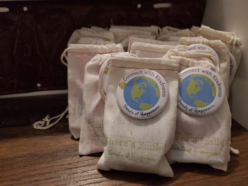 Seeds of Happiness Kits for a Scavenger Hunt Giveaway